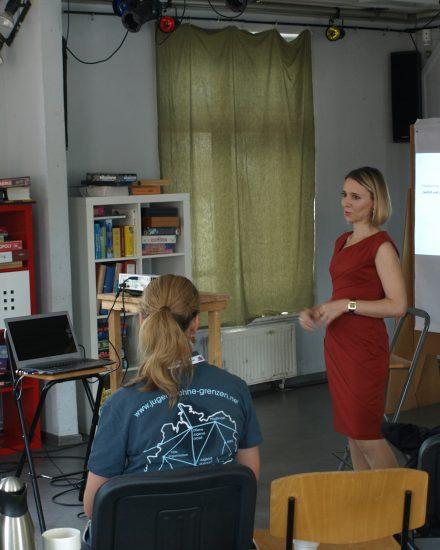 Dr. Yana Fehse beim Netzwerktreffen zum ThemaWork-Life-Balance
