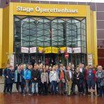 """Netzwerktreffen """"offline"""" mit Besuch des Musicals HINTERM HORIZONT"""
